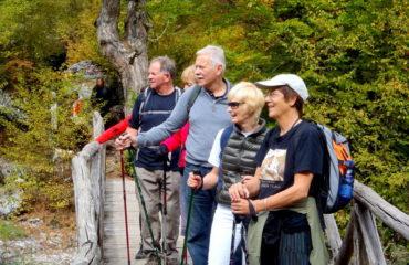 Hiking-Enipeas