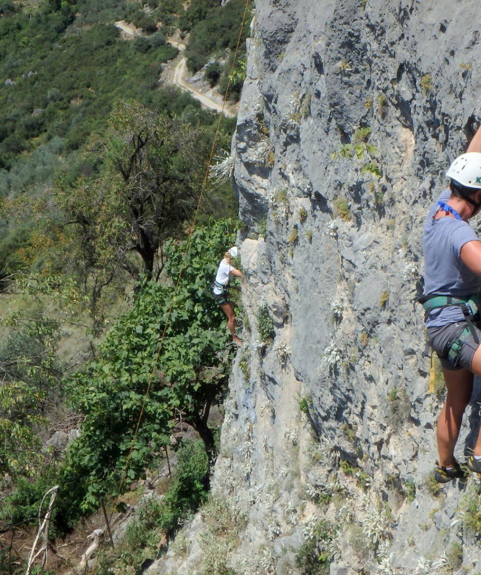Rock-climbing-Tempi-11