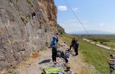 Rock-climbing-gidiki (3)
