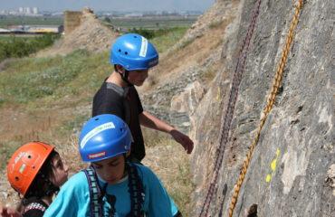 Rock-climbing-gidiki (9)