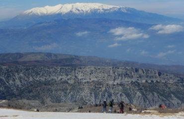 Comb-climbing-hiking
