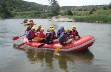 Comb-rafting-riverside-adventure (16)