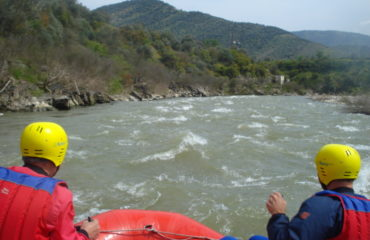 Comb-rafting-riverside-adventure (2)
