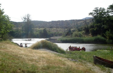 Comb-rafting-riverside-adventure (20)