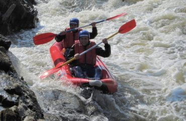 Inflatable-kayaking-monorafting (11)