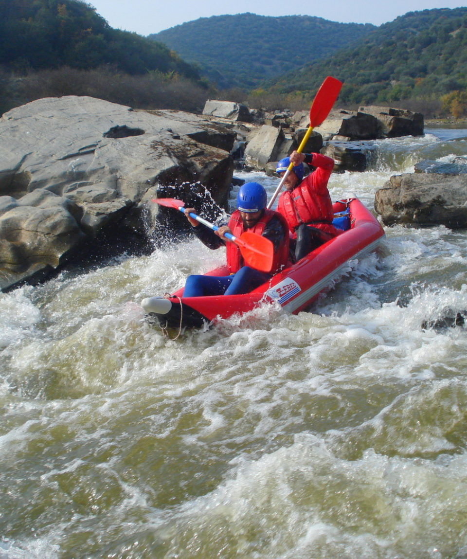 Inflatable-kayaking-monorafting (14)