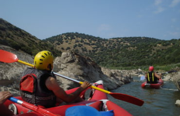Inflatable-kayaking-monorafting (5)