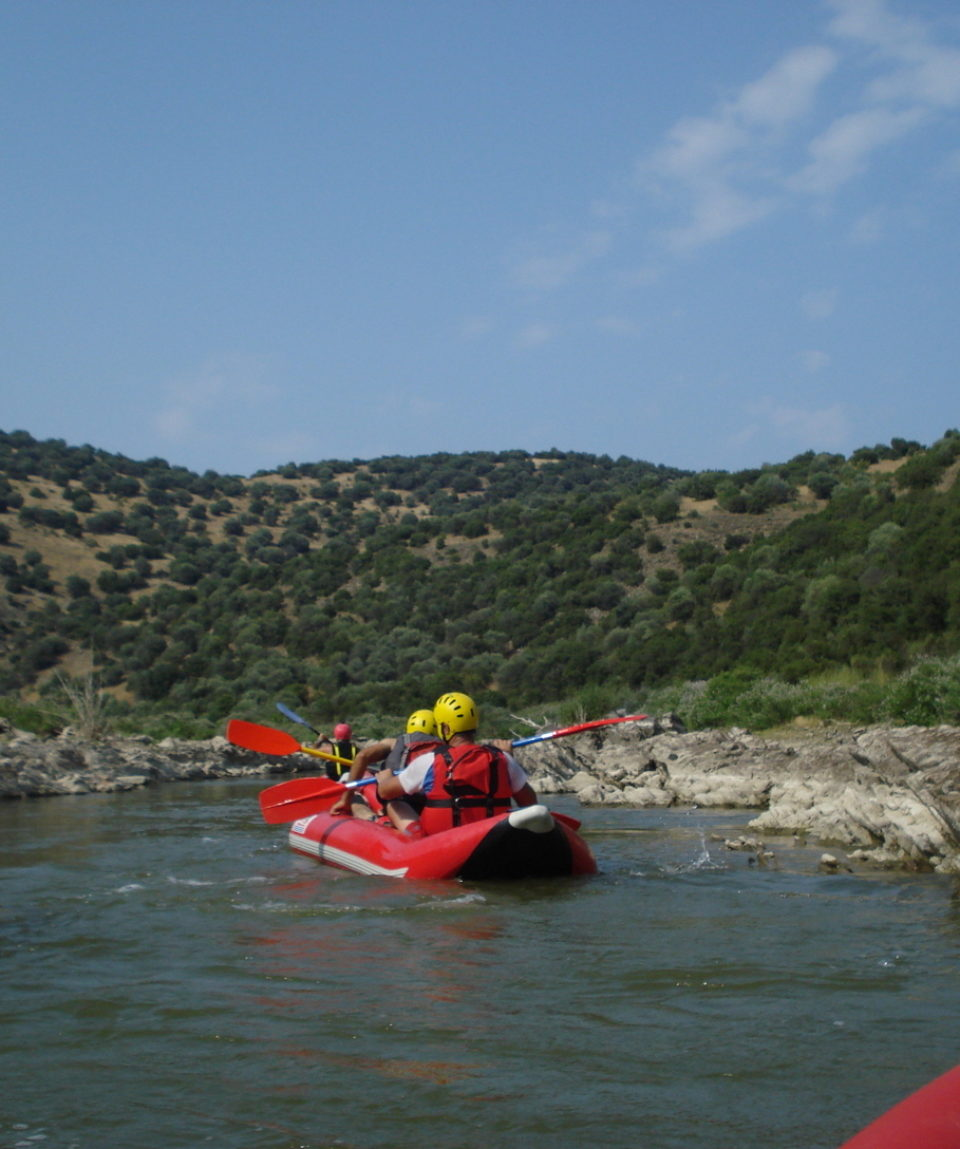 Inflatable-kayaking-monorafting (6)